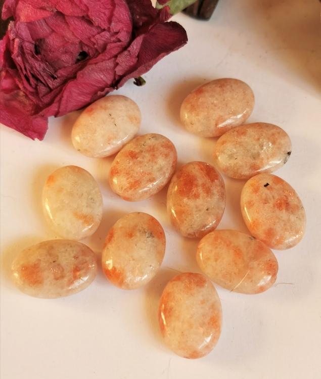 Ovala pärlor Solsten