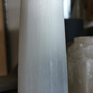Selenit Obelisk