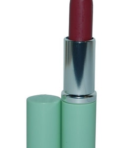 Clinique Different Lipstick - Different Grape