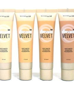 Maybelline Dream Velvet Soft-Matte Hydrating Foundation-30 Sand