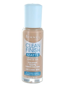 Rimmel CLEAN Finish MATTE Foundation - Classic Beige