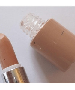 Saffron Mineral Dual Toned Concealer&Skin Colour Foundation - Tan