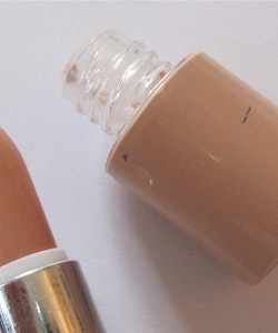 Saffron-Dual Toned Concealer&Skin Colour Foundation-Tan