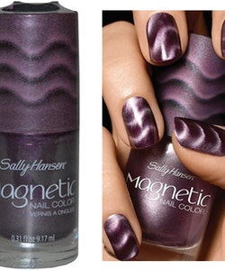 Sally Hansen Magnetic 3D Nail Art Color - Polar Purple