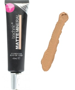 Technic Matte Mineral Full Coverage Foundation - Sorrel