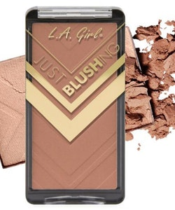L. A. Girl Just Blushing Powder-Just Bare