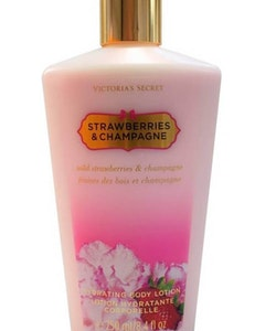 Victorias Secret Strawberries & Champagne Body Lotion 250ml