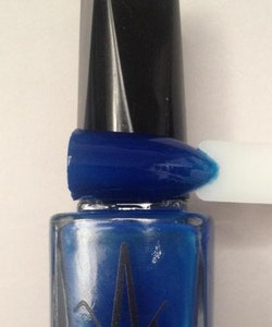 Vivien Kondor Vegan Friendly Cruelty Free Neon Polish -Colbat Blue