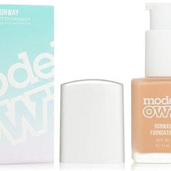 Models Own Runaway Oilfree SPF30 Foundation-08 Honey Tan
