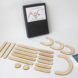 Small box - 20 wooden magnetic parts