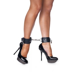 Rimba - Foot Cuffs With PadLock & 2 Carbine Hooks