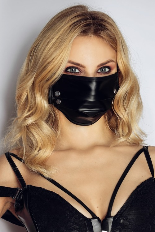 Face Mask with Studs