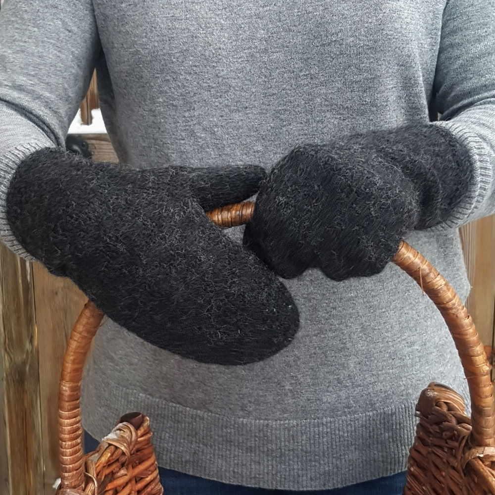 Handstickade ullvantar - Antracit