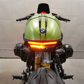 Nye rasessykler, skreddersydd med bremselys og blinklys, BMW R Nine T