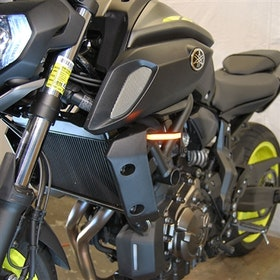 New Rage Cycles, LED-blinkers fram, Yamaha MT07