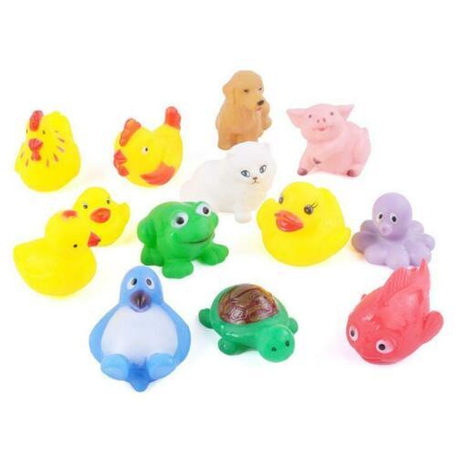 12 st Djur Simning Vatten Leksaker Färgglada Set Mjukt Gummi Float Squeeze Sound Tryckljud Squeaky Badleksak För Baby Badleksaker GYH