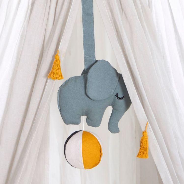 Roommate - Elephant on a ball