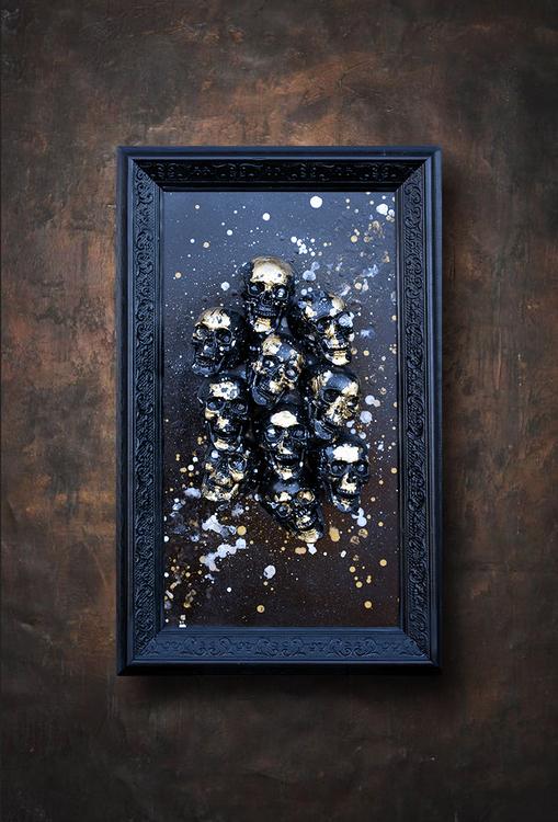 Skulls golden small