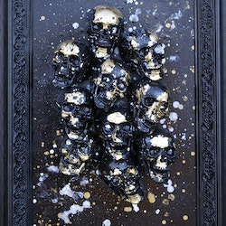 Skulls golden small