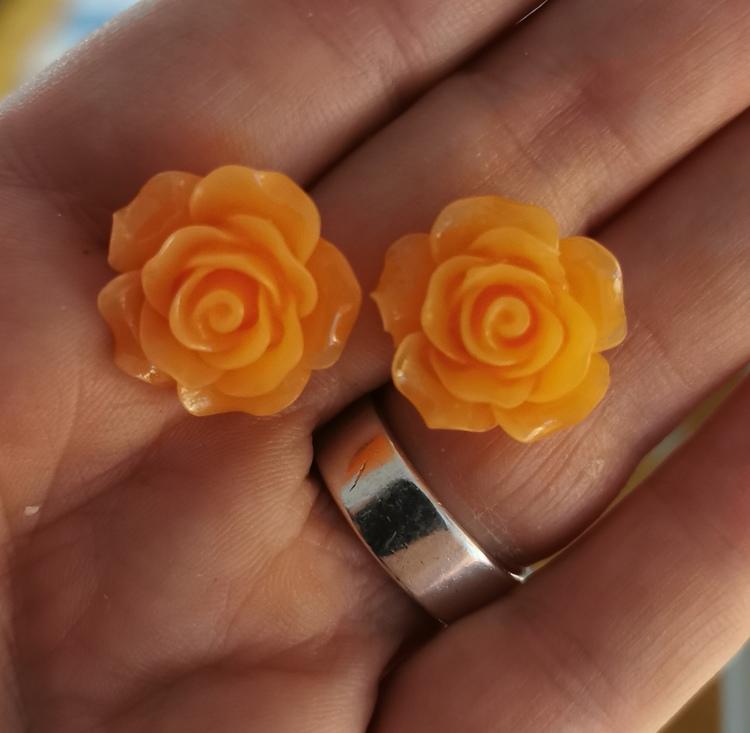 """Örhängen """"Flower"""""""