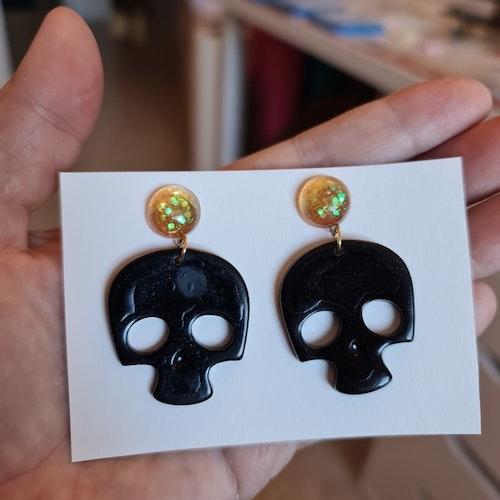 """Örhängen """"Skull"""""""