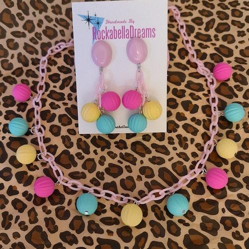Halsband & Örhängen