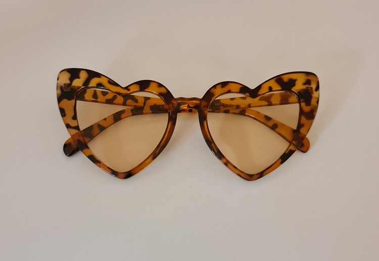 Leopard Hearts Cateye