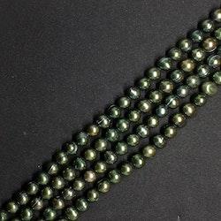 Gröna, skogsgröna pärlor 8,5-9 mm