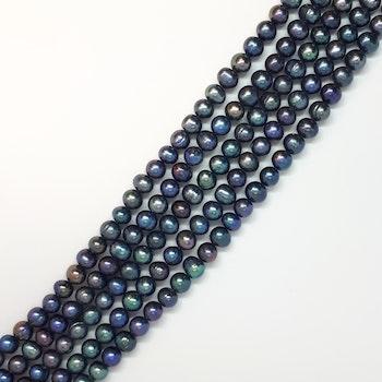 Blå-gröna ojämna pärlor 7-8 mm
