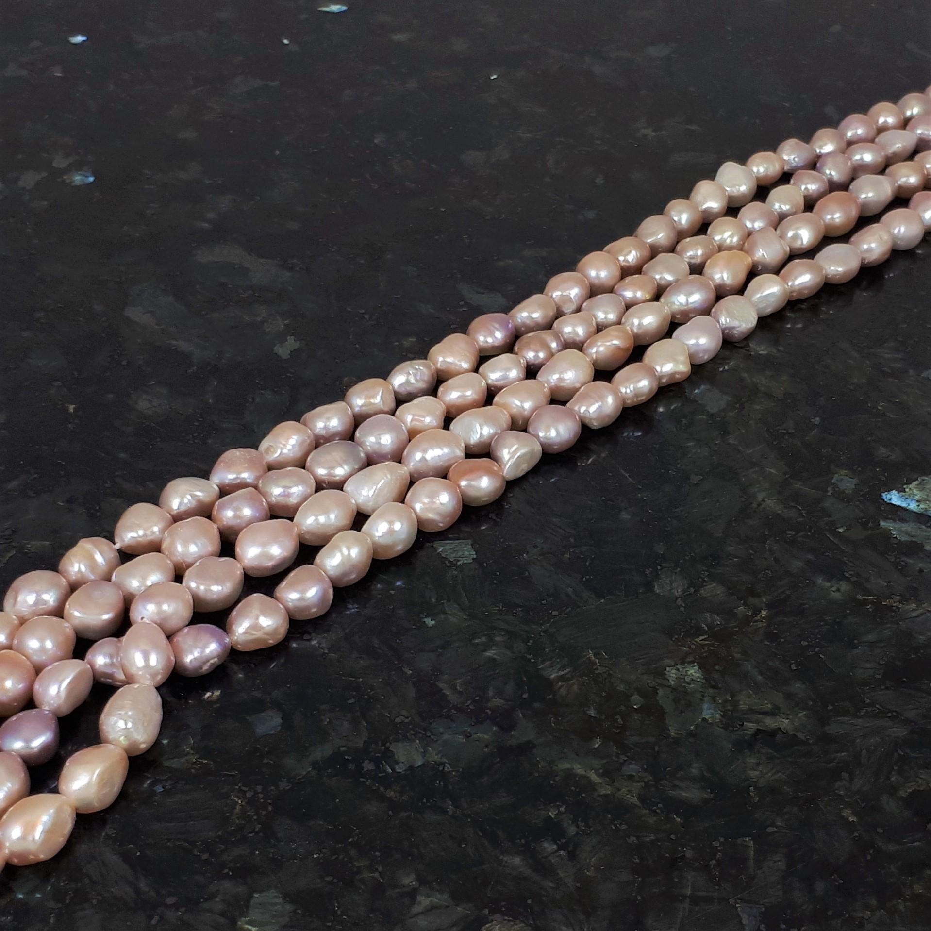 Naturfärgade rosa ojämna pärlor 9-10 mm