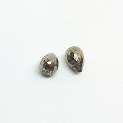 Pyrit briolettslipad droppe 8x12 mm