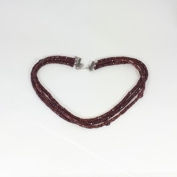 Granat halsband