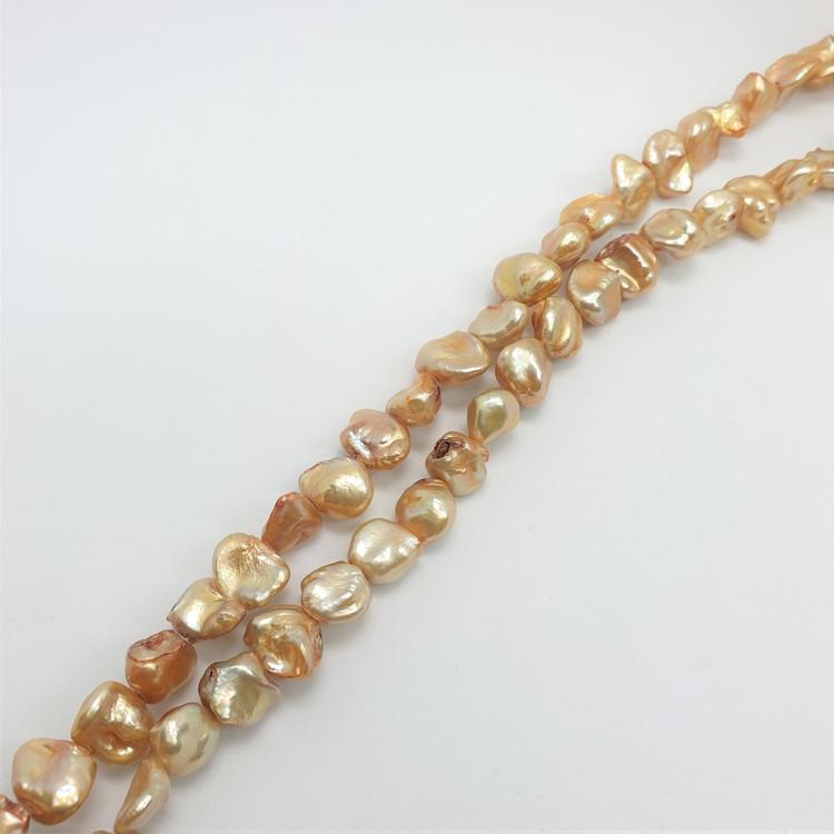Pärlor på sträng guld bruna färger