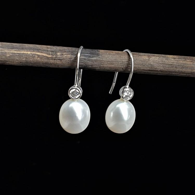 Örhängen silver med cubic zirkon och vit pärla