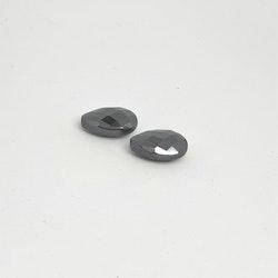 Hematit, platt fasettslipad droppe, 10x15 mm