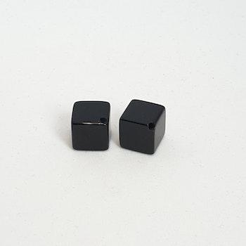 Onyx, blank, kub 8x8 mm diagonalborrad pris/st!