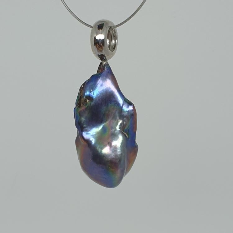 Blå barockpärla 15x30 mm, på silverögla