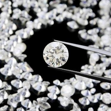 Vill du veta mer om äkta och syntetiska diamantercta image