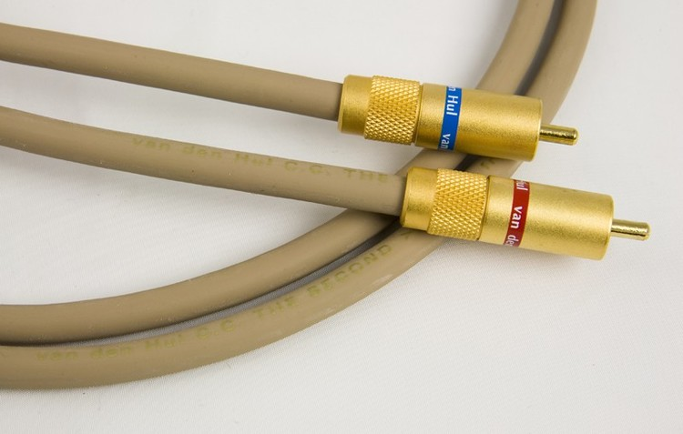 Van Den Hul The Second Audio Cable Pair