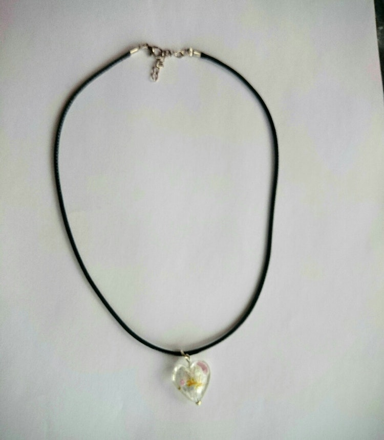 "Halsband rem + silverfoil hjärta ""ROS"""