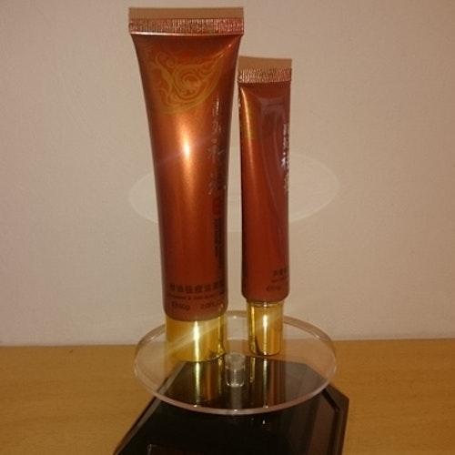 Akne kräm och akne rengöring