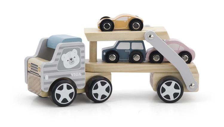 Biltransport i trä björn