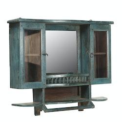 Väggskåp i buteljgrönt m. fack & spegel