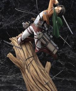 Attack on Titan Levi Renewal Package Ver. Kotobukiya