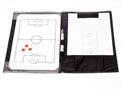 Mappe med taktikktavle for fotball