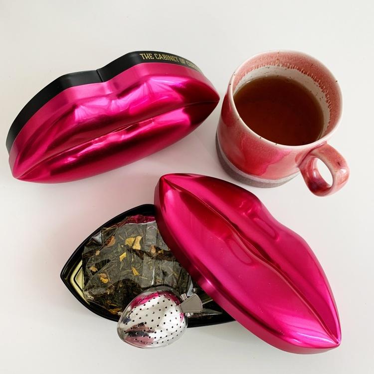 "Te i fin låda ""Gå-bort""-present röd"