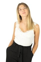 Linne Vera  Small