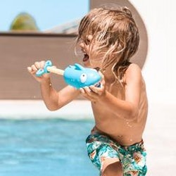 Sunnylife vattenspruta Haj