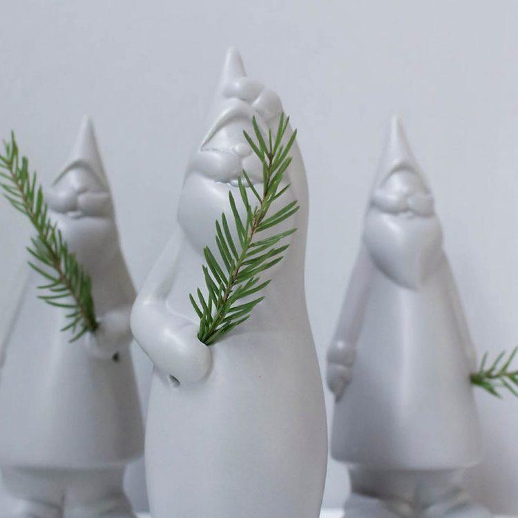 BENGT, liten grå keramiktomte