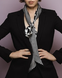 Mega Dogtooth Twilly Scarf
